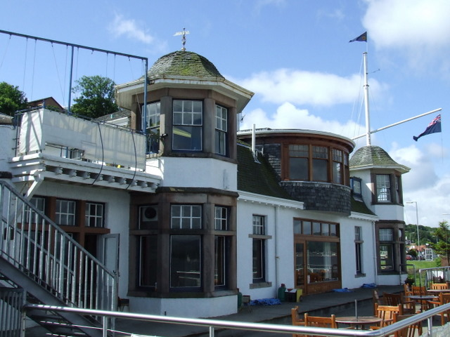 Royal Gourock Yacht Club - geograph.org.uk - 858830