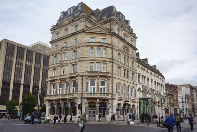 Cardiff Hotels With Family Rooms