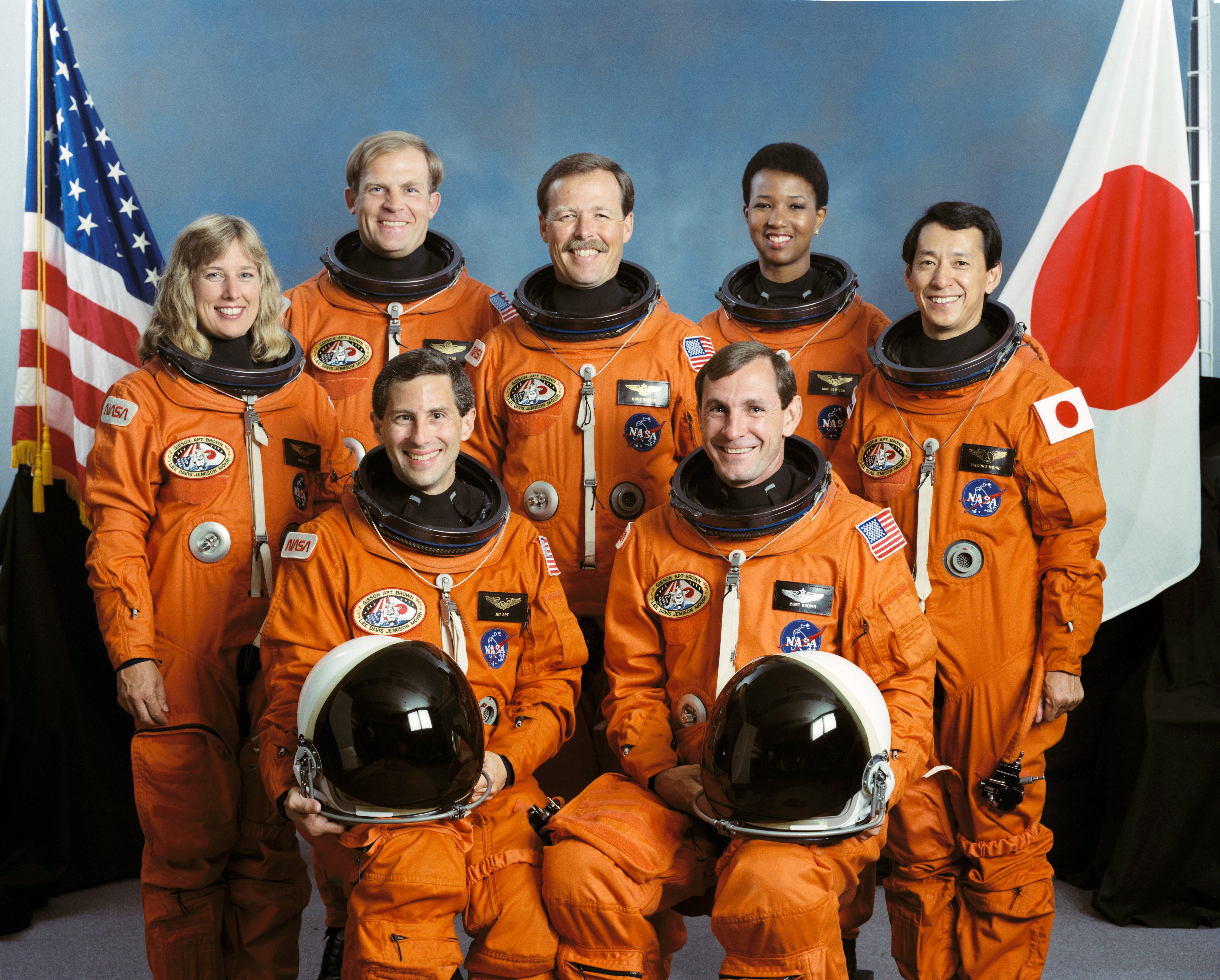 Endeavour STS-47 (1992) STS-47_crew