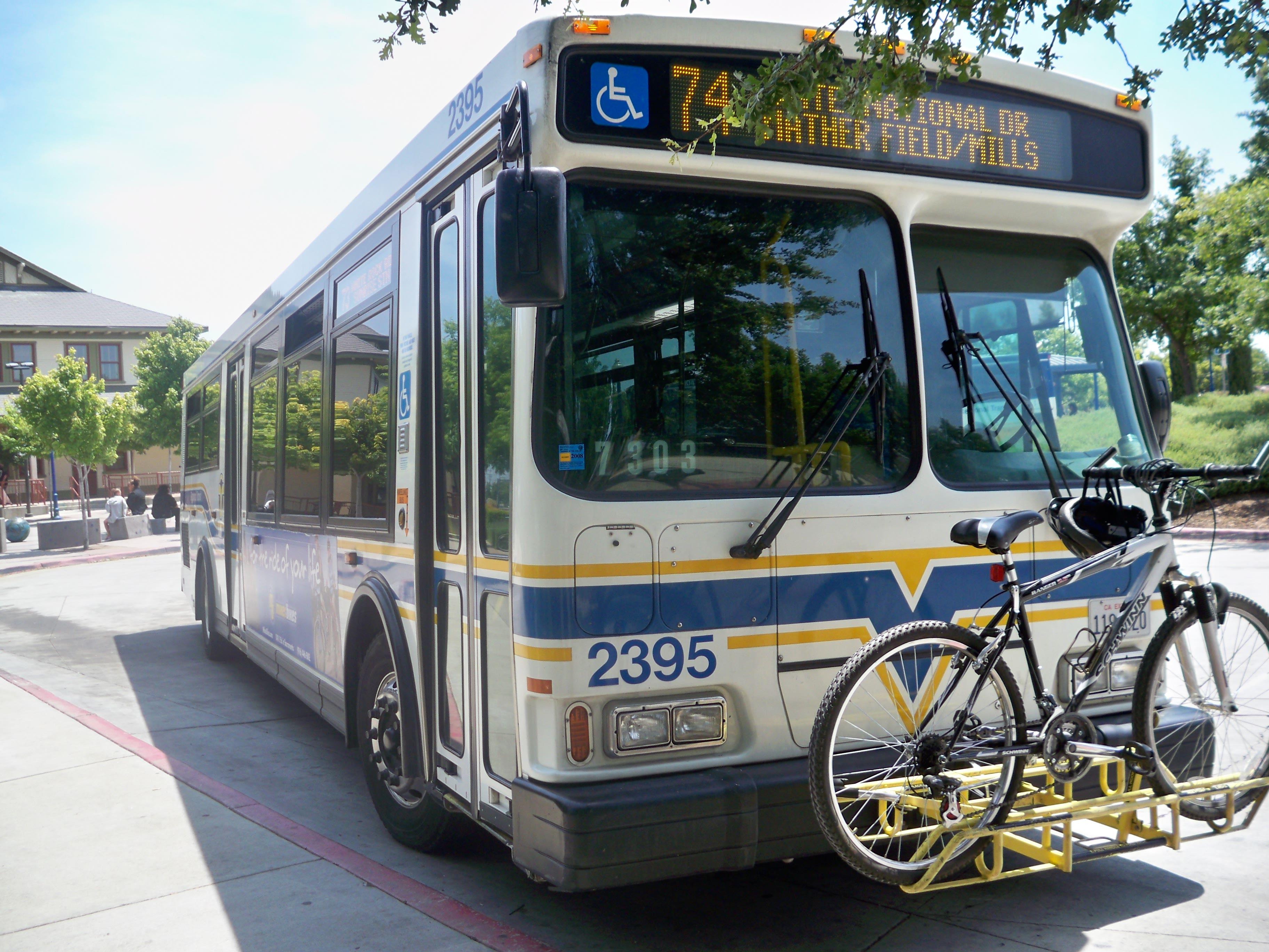 File:Sacramento Regional Transit Bus No 2395.jpg