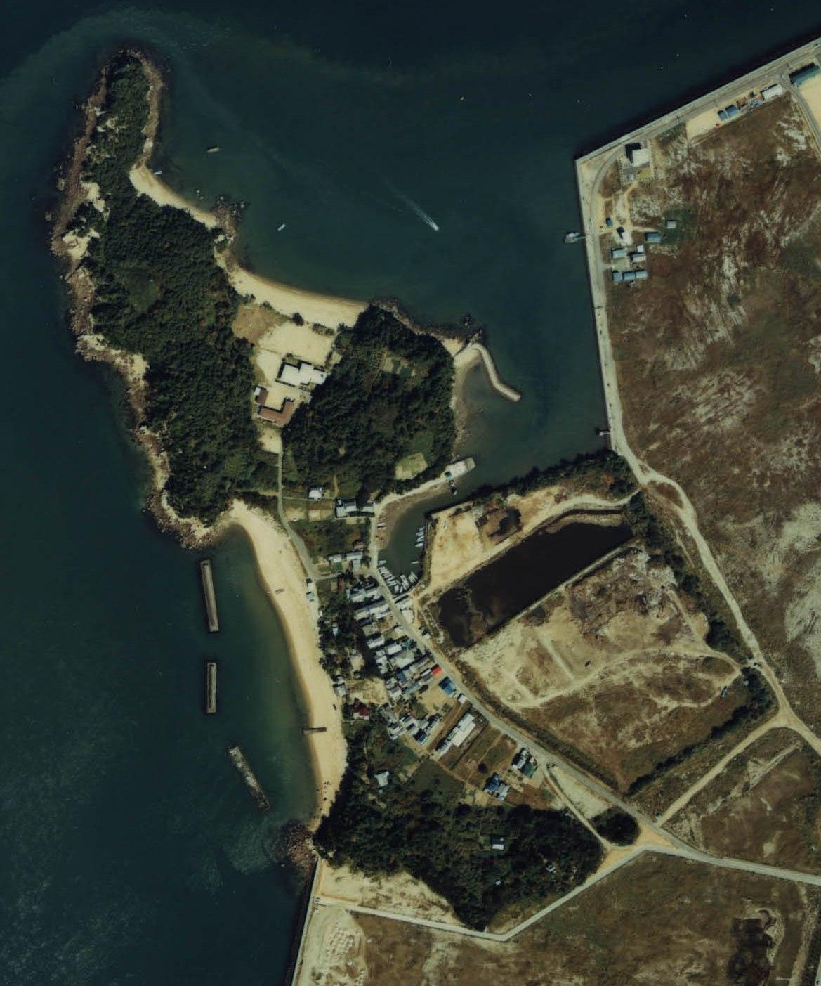 Shami-jima Island.jpg