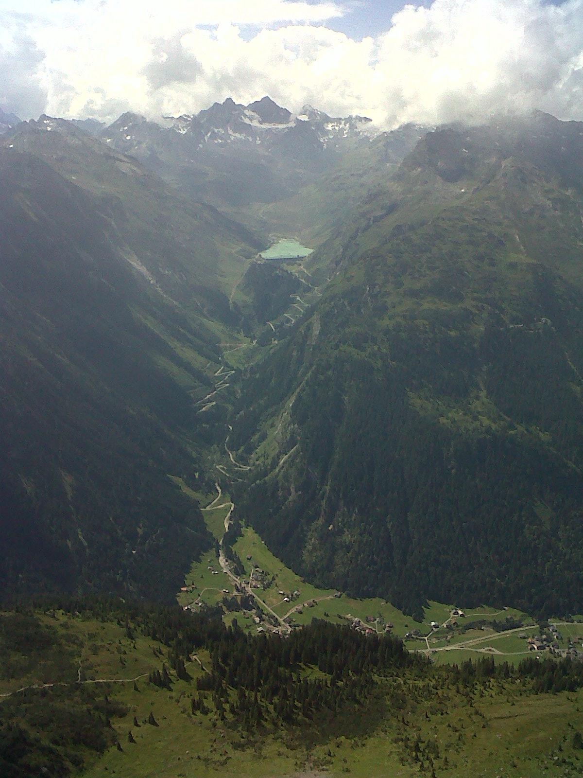 Kehren und Stauseen zwischen Tirol und Vorarlberg