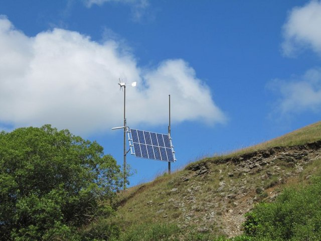 File:Solar panels on the hill - geograph.org.uk - 1447127.jpg