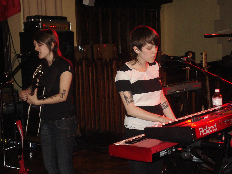 Tegan and sara hot idea agree