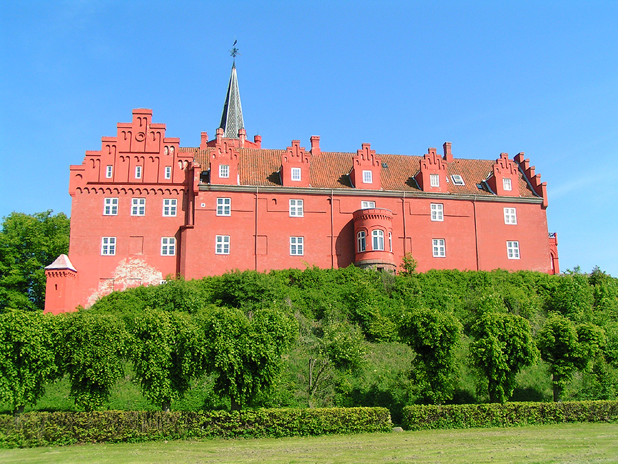 File:Tranekaer Langeland.jpg - Wikimedia Commons
