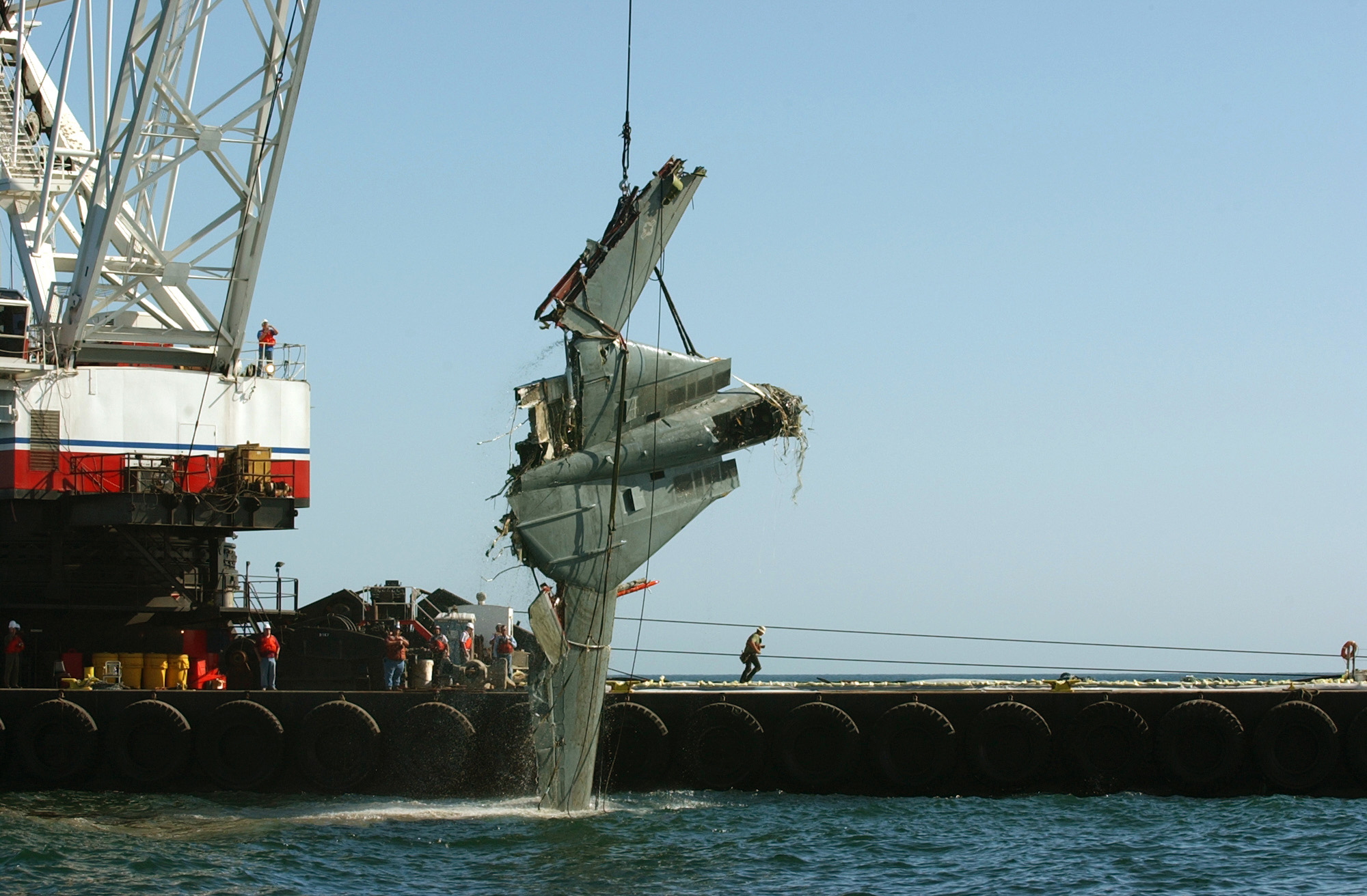 Fighter squadron thirty one vf 31 is pulled from the pacific ocean