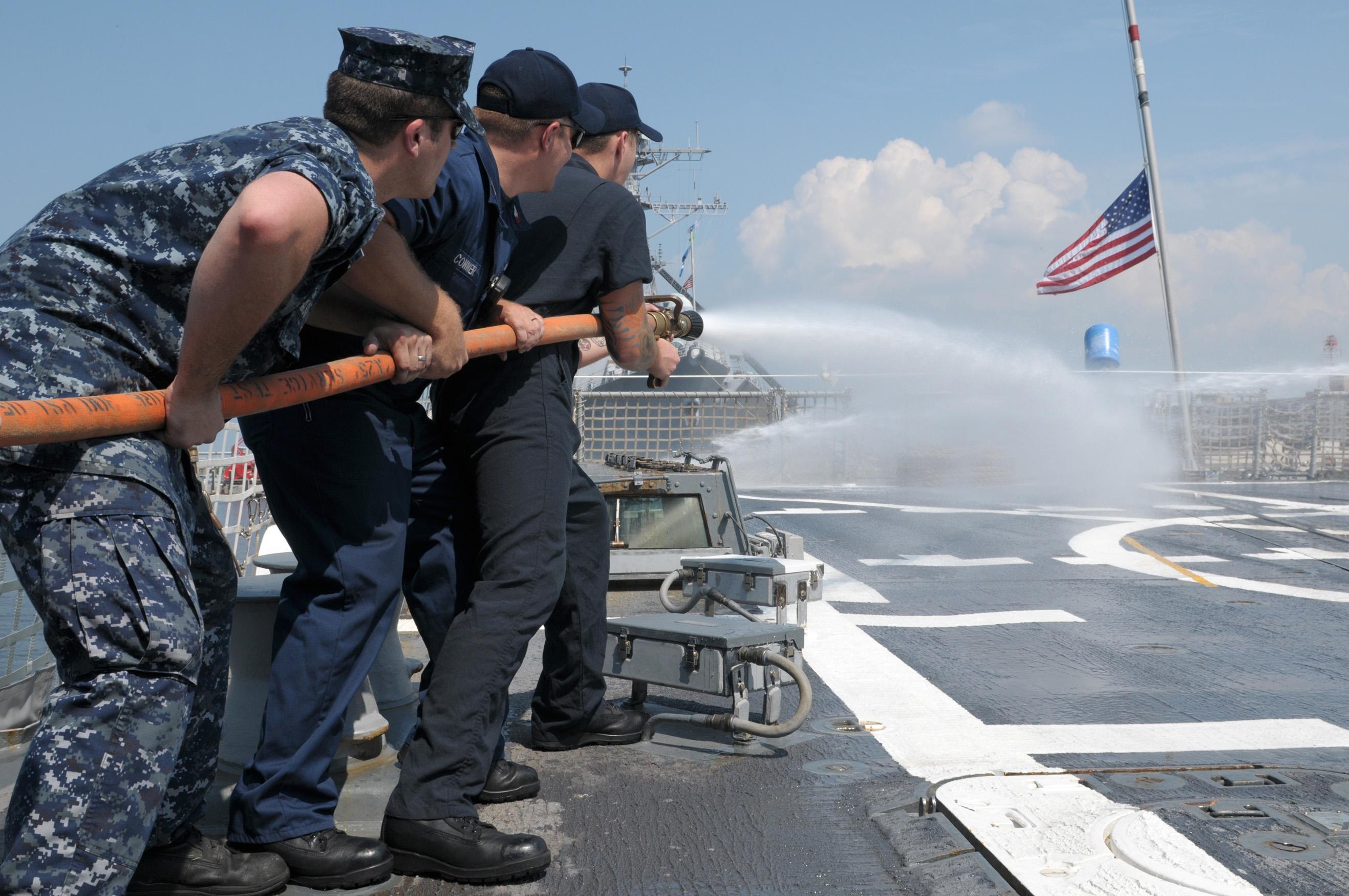 File:US Navy 110726-N-GZ228-104 Sailors aboard USS Nitze (DDG 94 ...