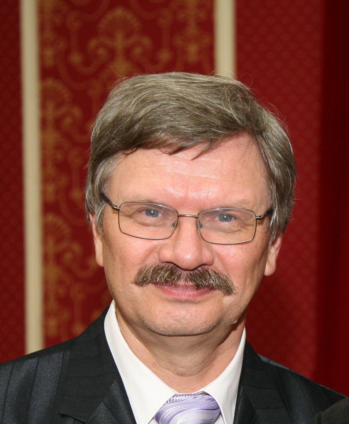 Val. A. Lukov.jpg