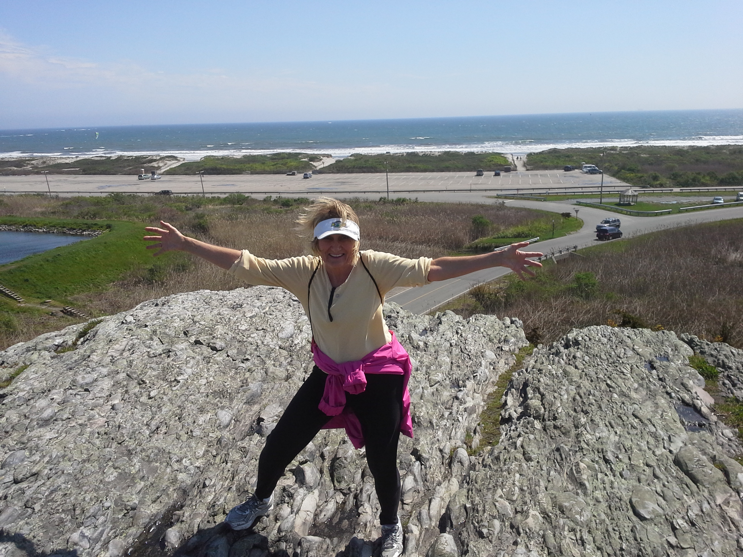 File:View from Hanging Rock in Norman Bird Sanctuary in Middletown ...