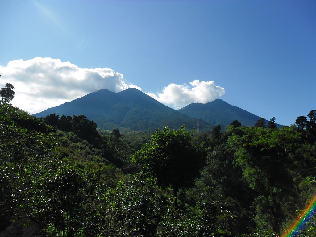 File:Volcan (Acatenango, Fuego).jpg - Wikimedia Commons