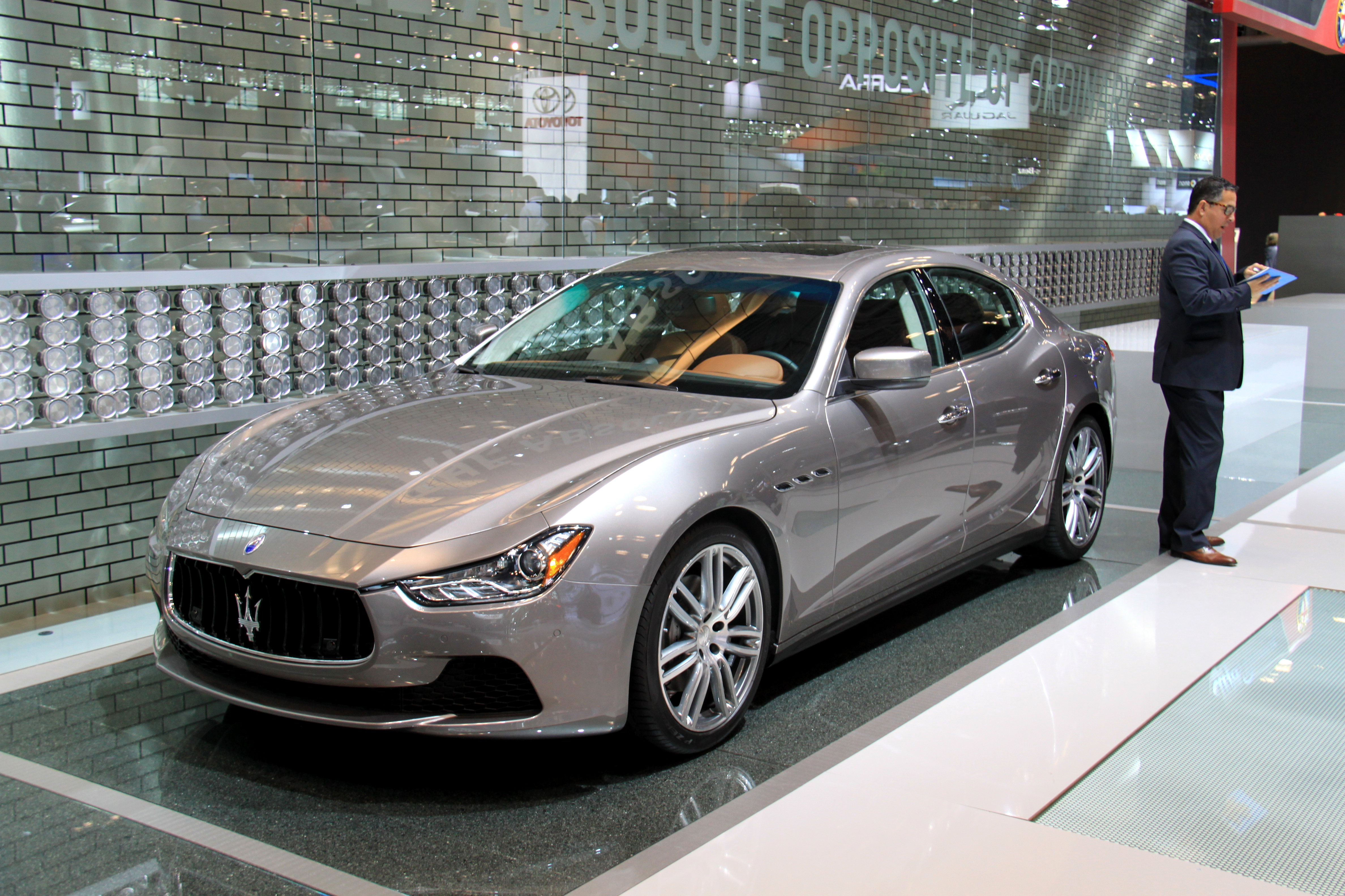 Images Of New Luxury Cars