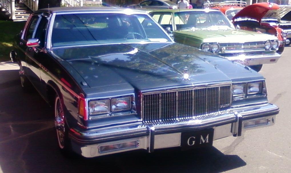 Park Ave Auto >> File 84 Buick Electra Park Avenue Auto Classique Vaq St Lambert