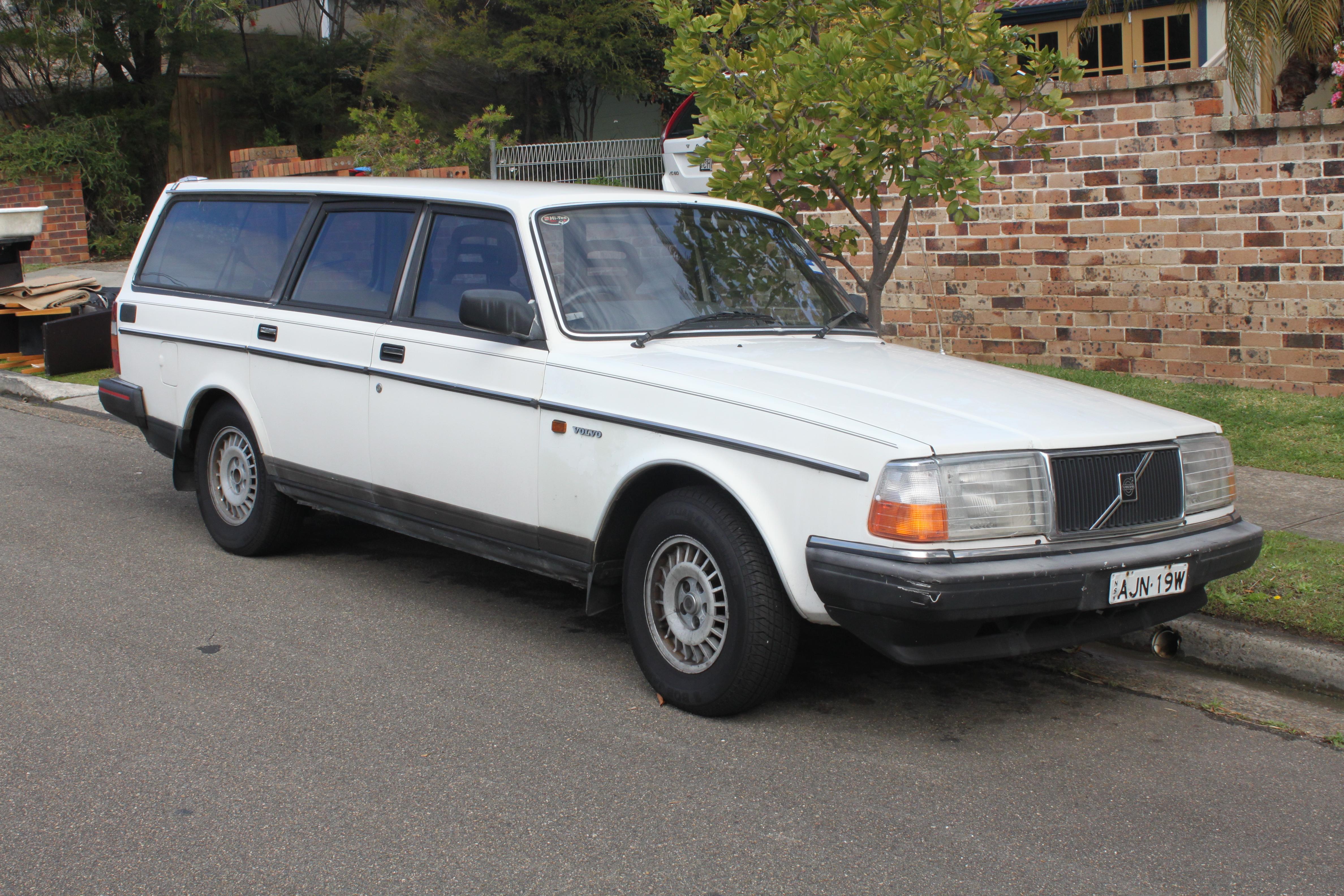 1989 volvo 240gl