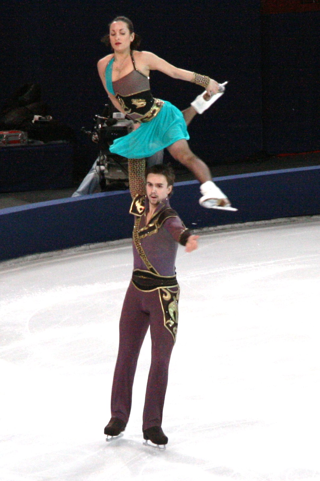 klimov stolbova dating Their teammates, russia's ksenia stolbova and fedor klimov, won silver in a surprise upset over germany's aliona savchenko and robin szolkowy, who earned the bronze.