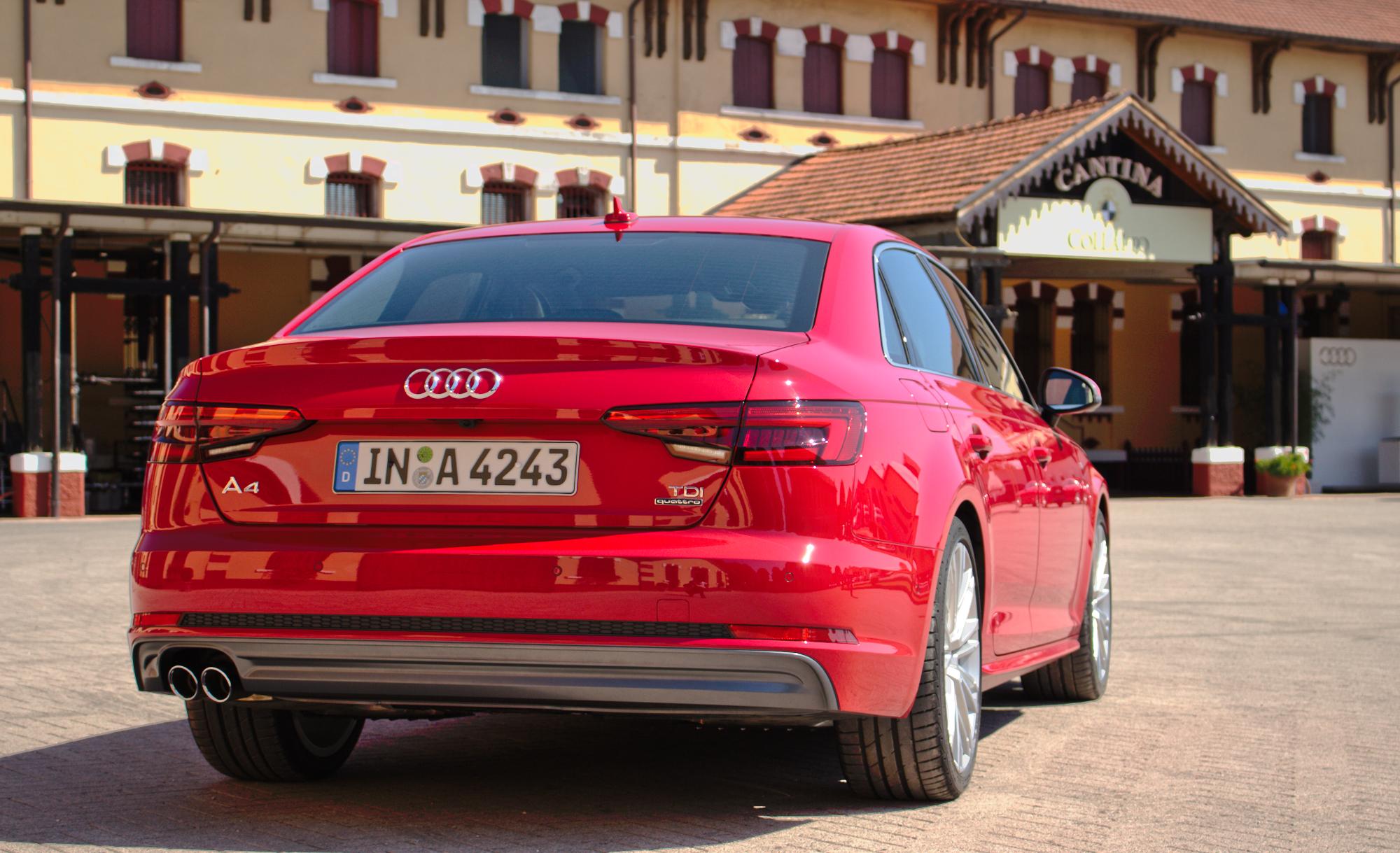 Kelebihan Audi A4 V6 Perbandingan Harga