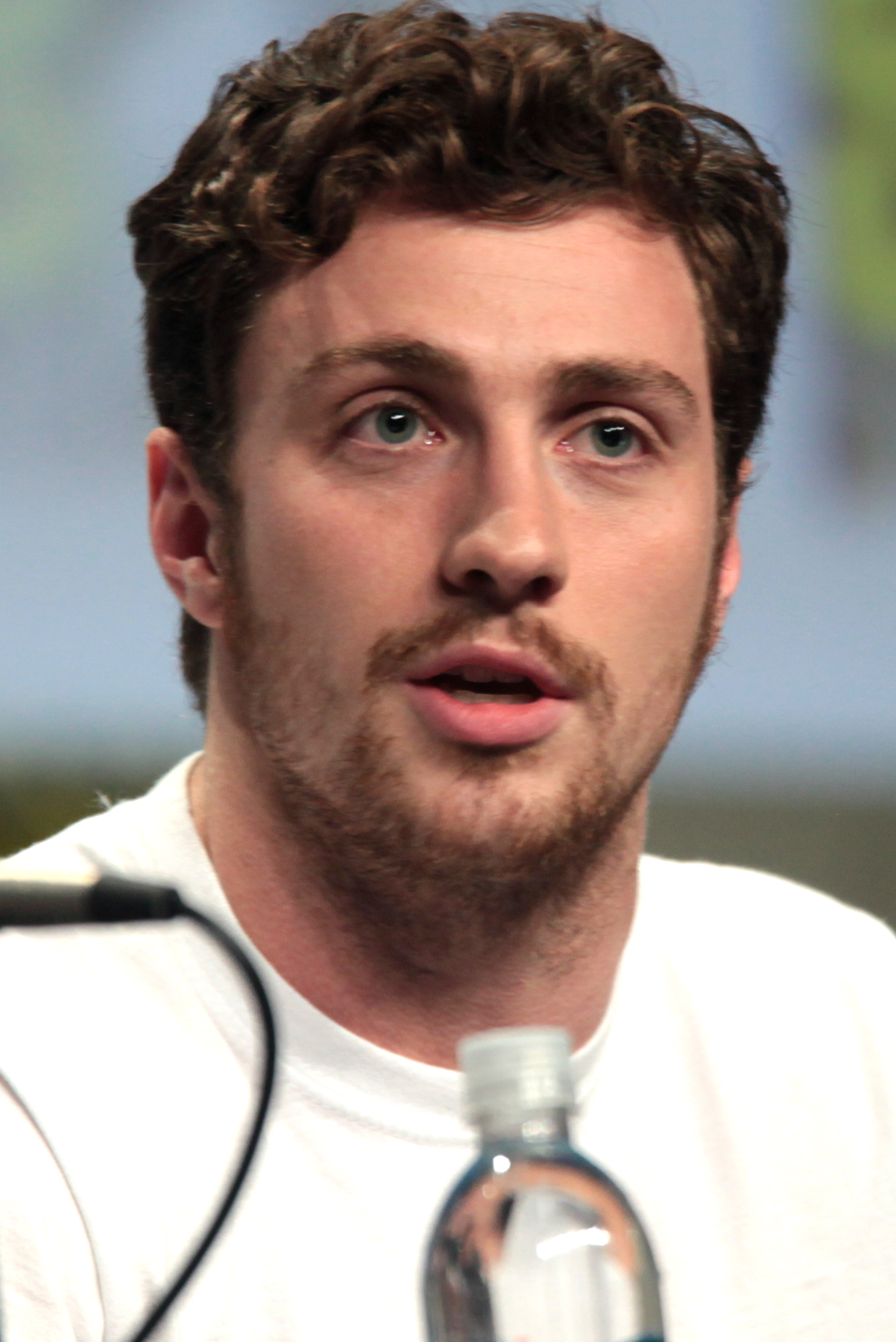 The 29-year old son of father (?) and mother(?) Aaron Taylor-Johnson in 2019 photo. Aaron Taylor-Johnson earned a 3.5 million dollar salary - leaving the net worth at 16 million in 2019