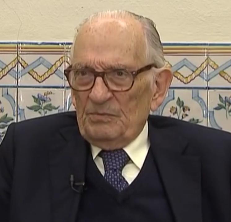 Adriano Moreira - Wikipedia