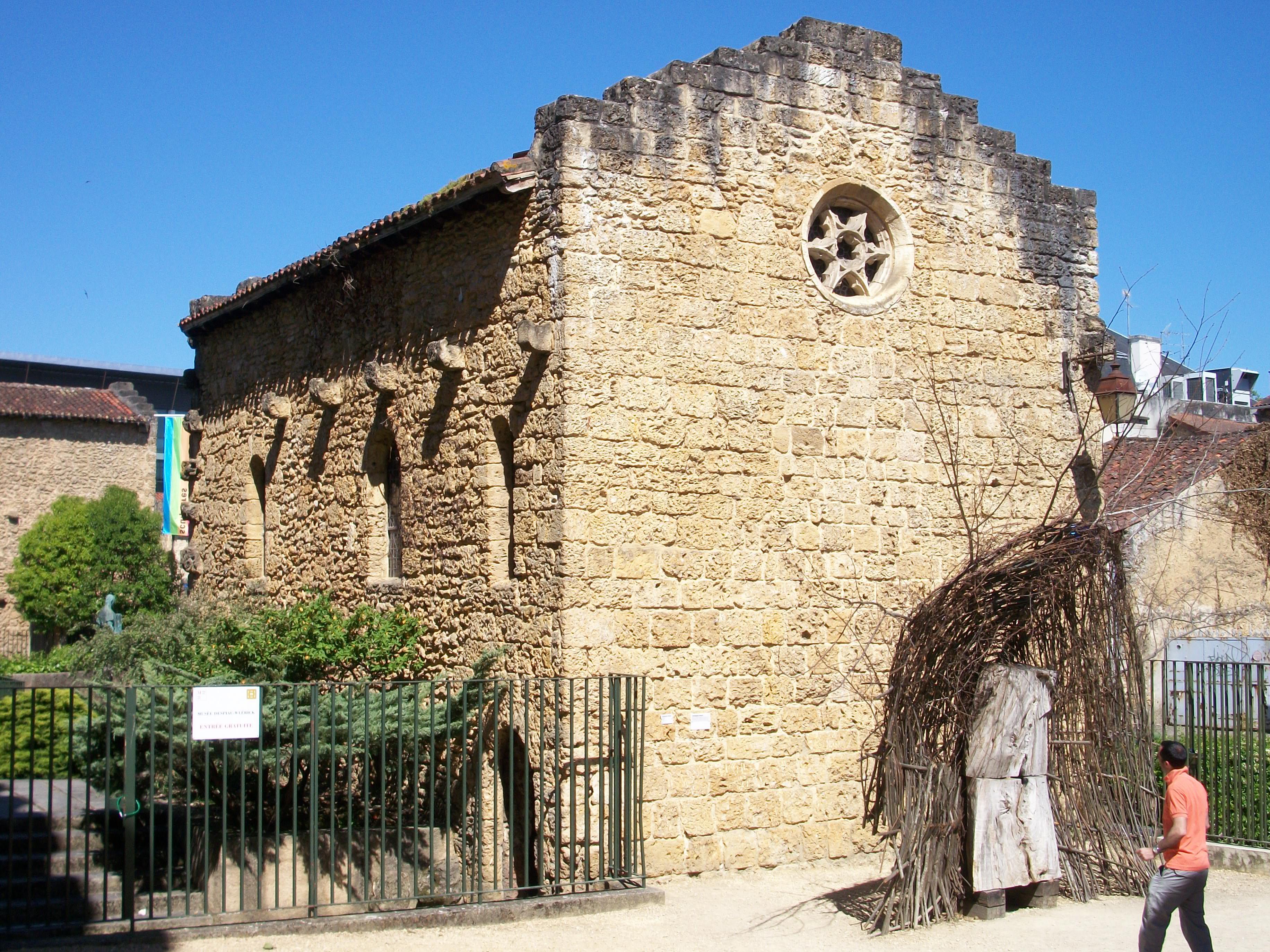 file ancienne chapelle romane mont de marsan france jpg wikimedia commons. Black Bedroom Furniture Sets. Home Design Ideas