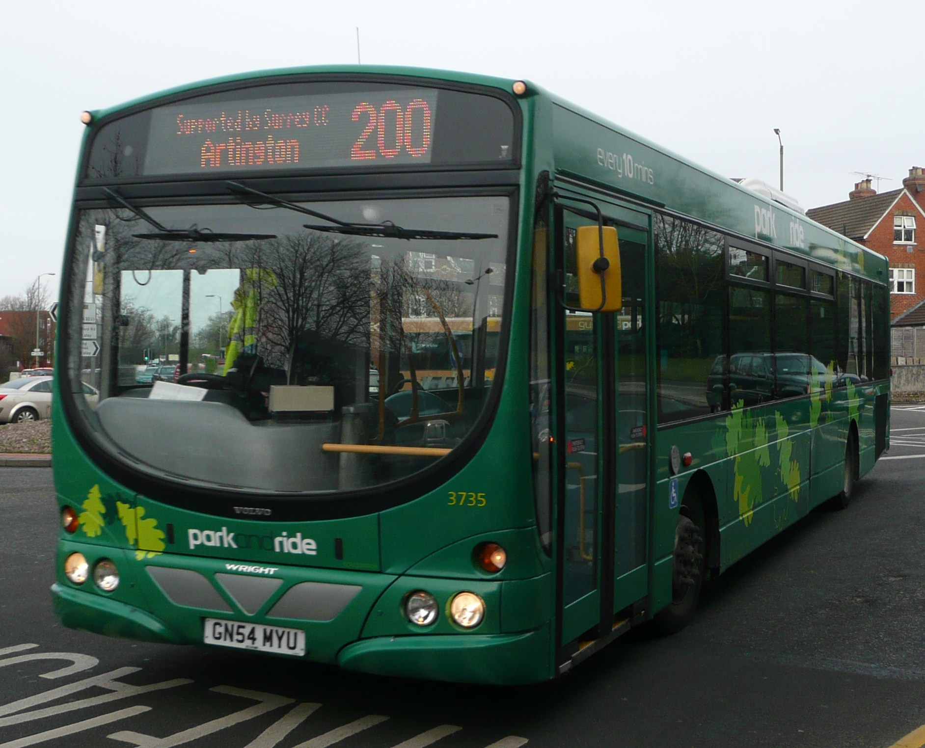 File:Arriva Guildford & West Surrey 3735 GN54 MYU.