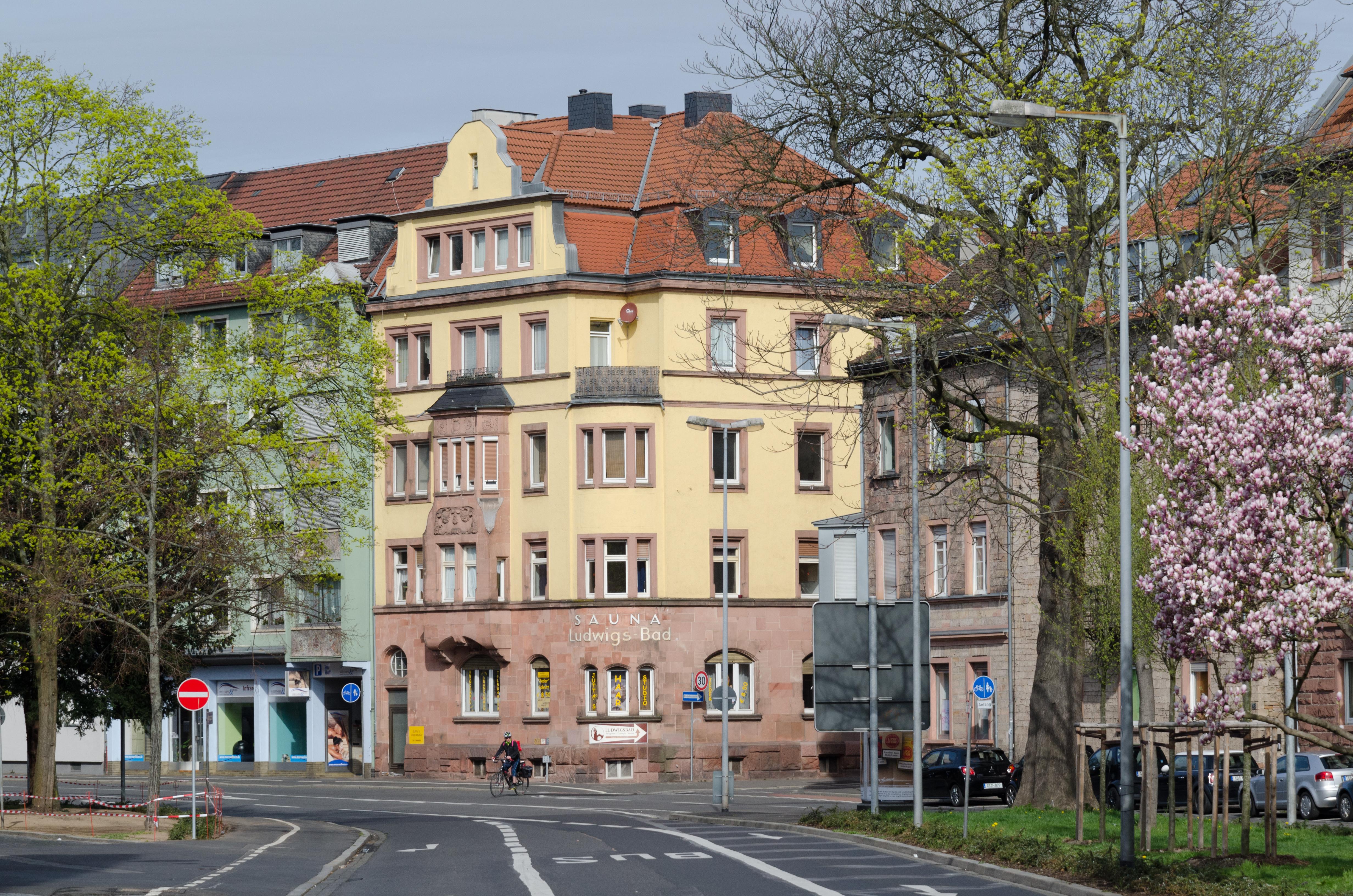 Wellness Aschaffenburg file:aschaffenburg, weißenburger straße 50-002 - wikimedia commons
