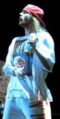 Axl Rose in Israel (cropped).png