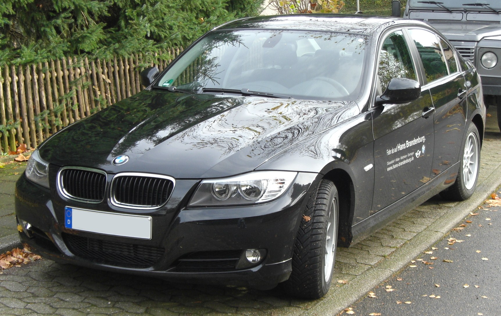 file bmw 318d e90 seit 2008 facelift front mj jpg. Black Bedroom Furniture Sets. Home Design Ideas