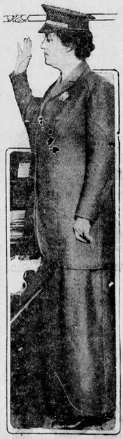 Blanche Payson, policewoman ceremony, 1915