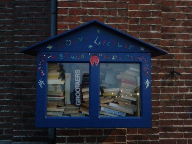 Boîte à livres Courcelles Souvret
