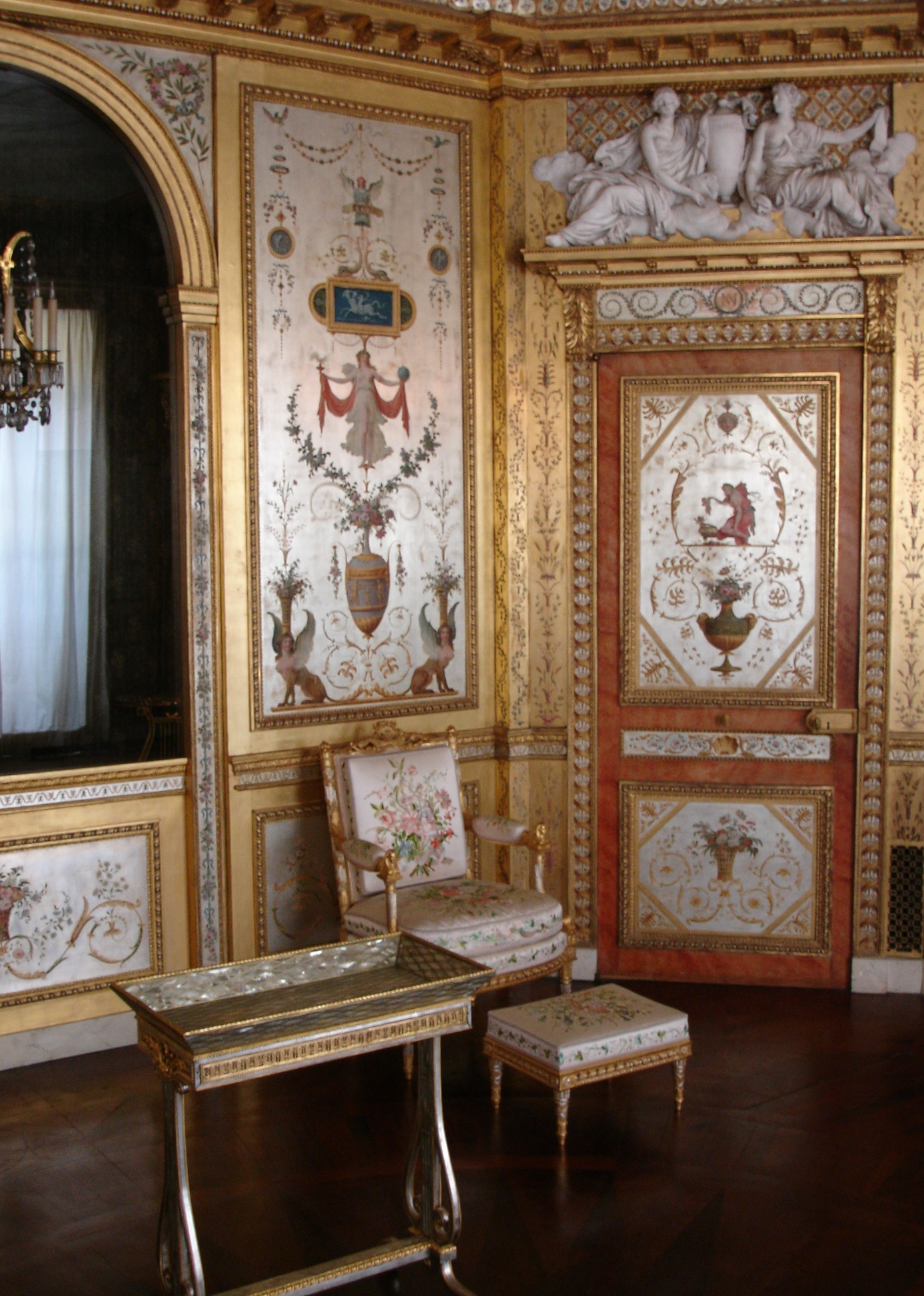 this is versailles july 2013. Black Bedroom Furniture Sets. Home Design Ideas