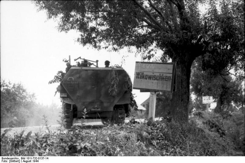 WW2 T34 Tank Engine Cold Start Up Barn Find