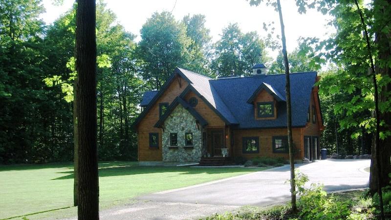 FileCabane dans le bois à Roxton Fallsjpg  Wikimedia Commons
