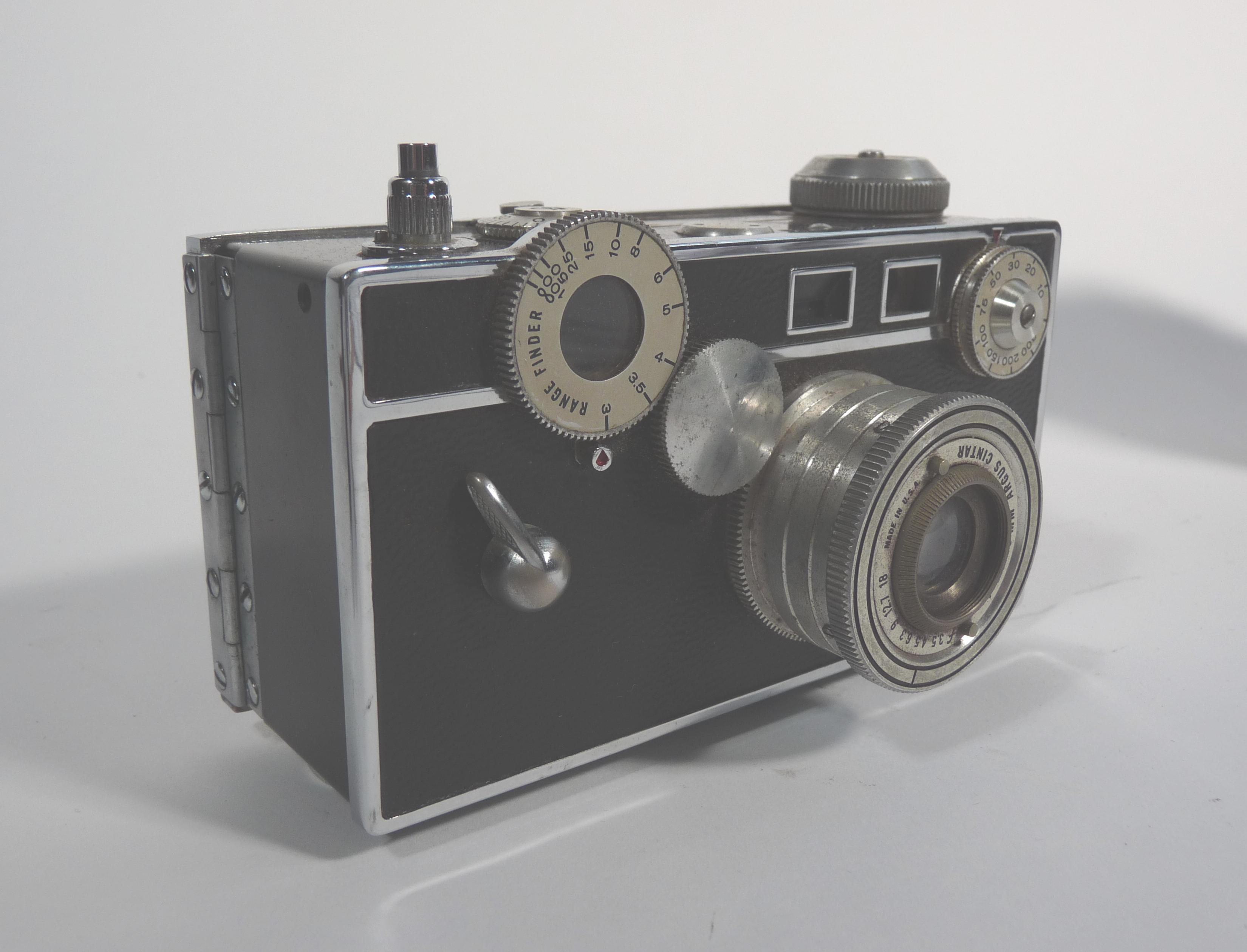 Argus C3 - - The free camera encyclopedia