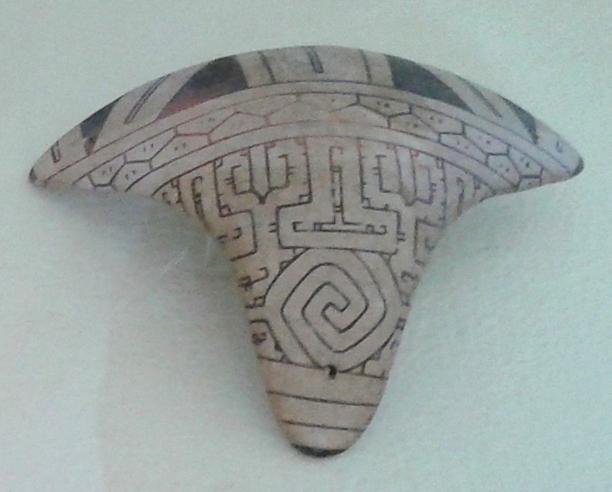 File:Cultura Marajoara - Tanga MN 07.jpg - Wikimedia Commons