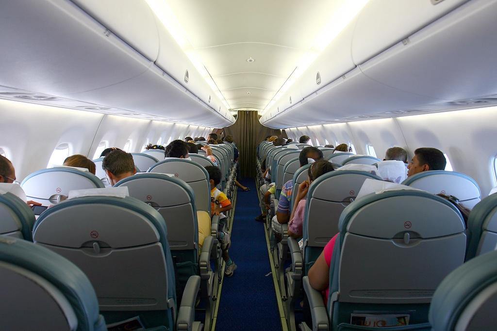 File Embraer Erj 170 100lr 170lr Egyptair Express