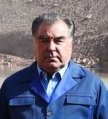 Emomali Rahmon in Roghun Dam in October 2016 (version).jpg