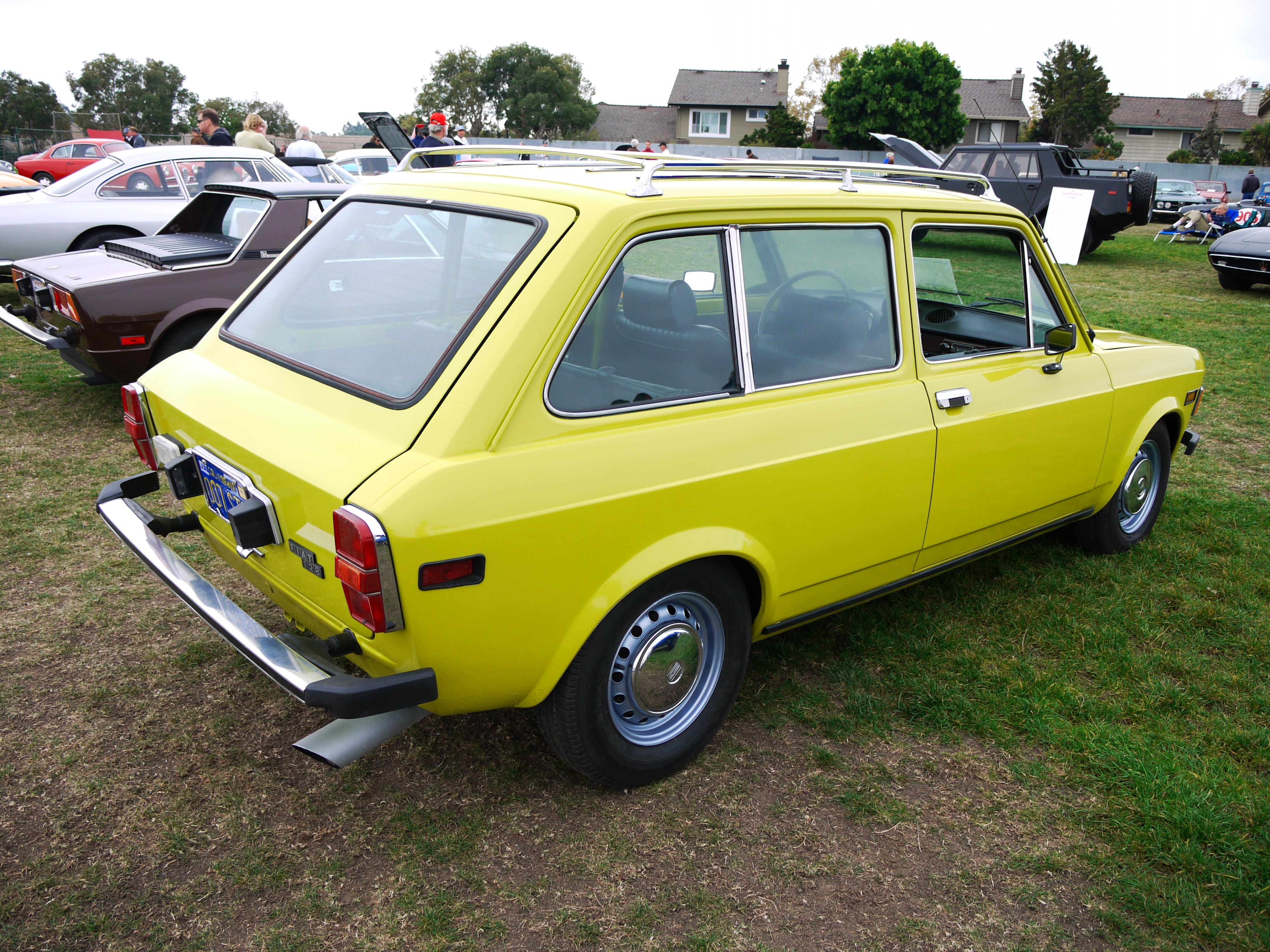 File Fiat 128 Familiare Jpg Wikimedia Commons