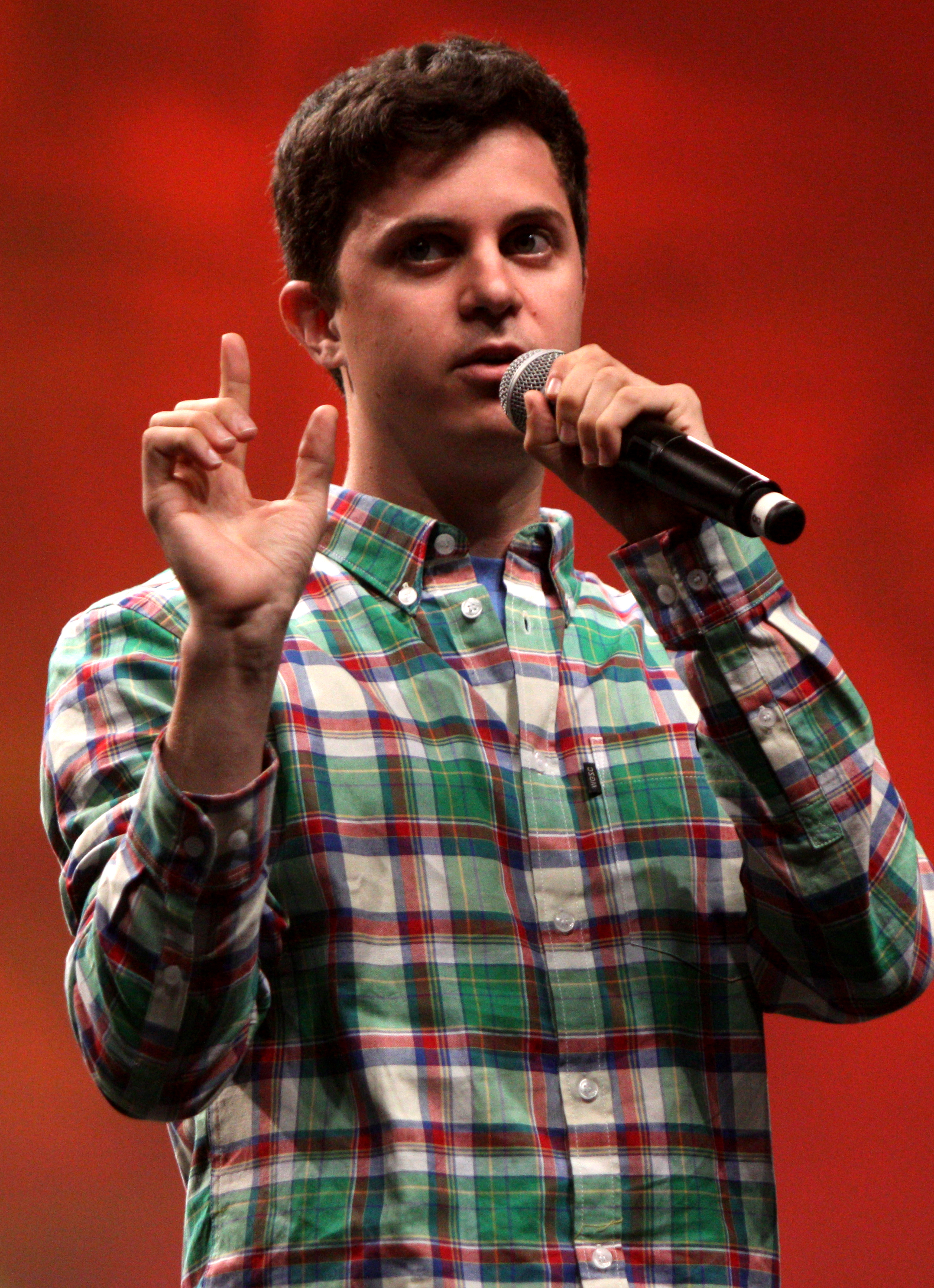 Picture of a band or musician: George Watsky