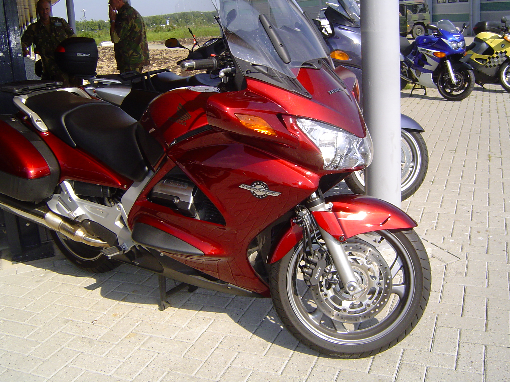 filehonda st 1300 02jpg wikimedia commons