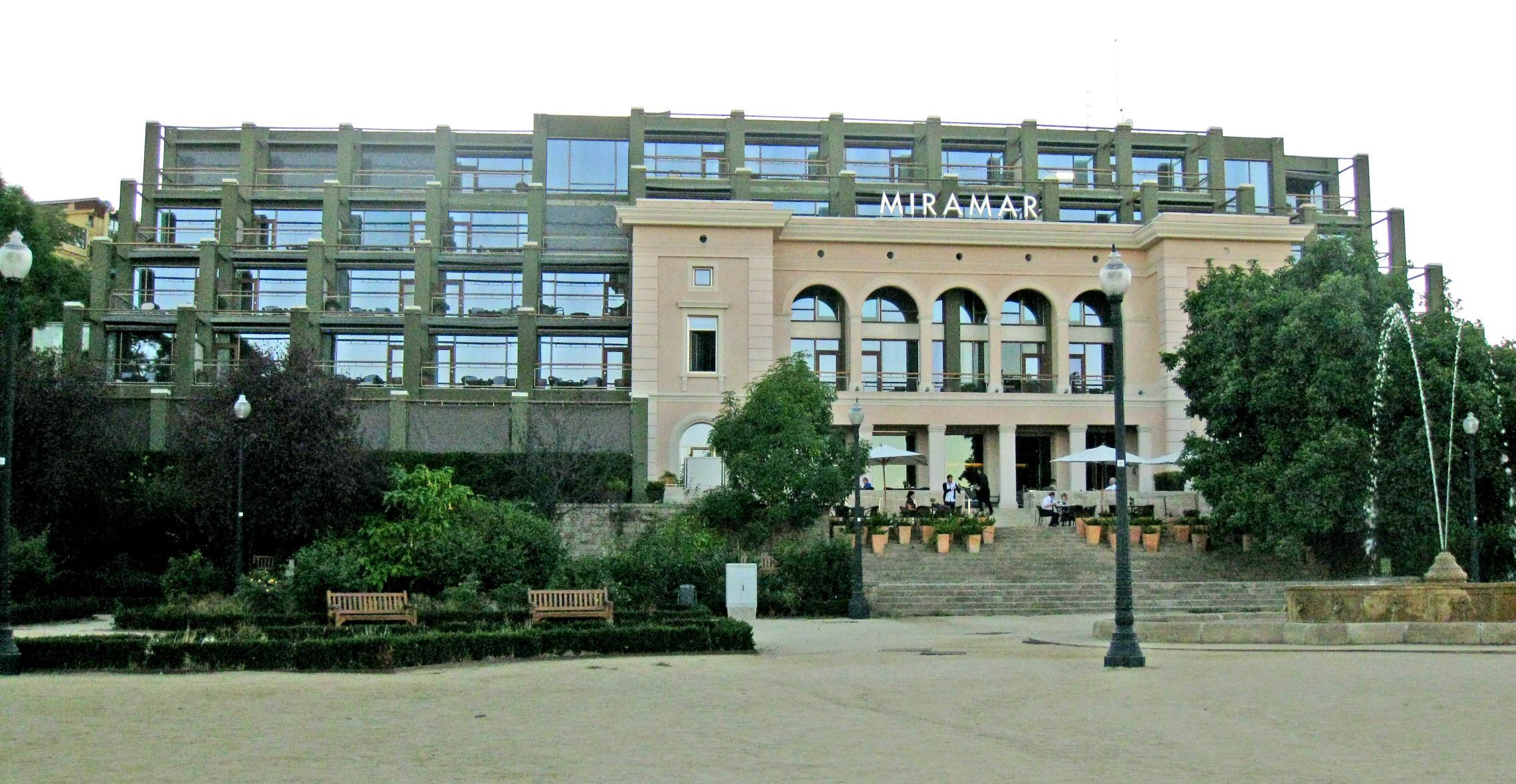 Hotel In Barcelona Zentrum Gunstig