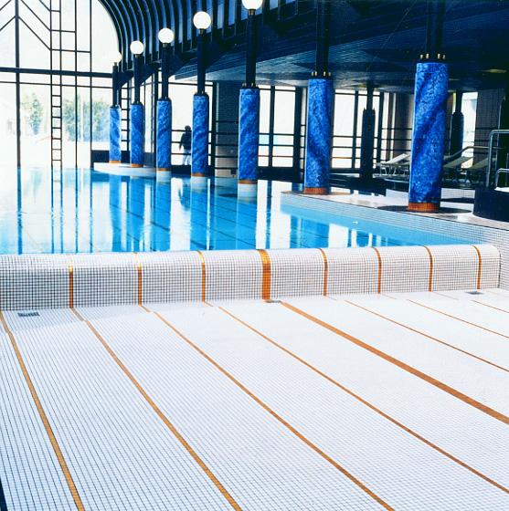 file hotel victoria jungfrau interlaken switzerland swimming pool in maux de