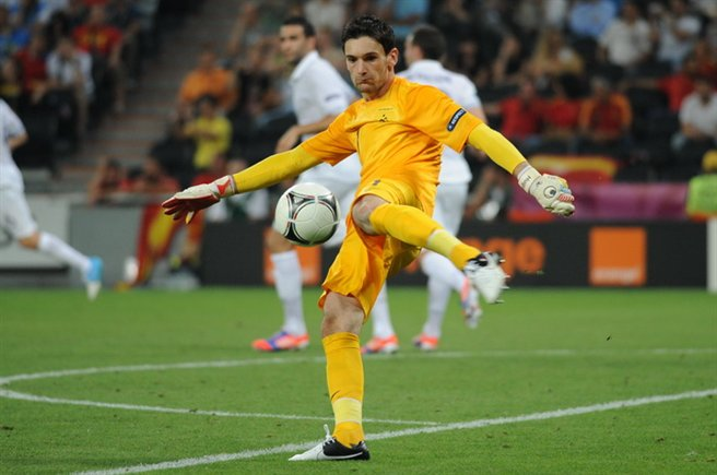 Hugo Lloris Euro 2012 vs Spain 02
