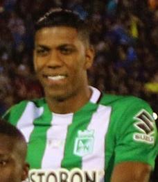 Berrío atuando pelo Atlético Nacional. 2a3a979a0aa2f
