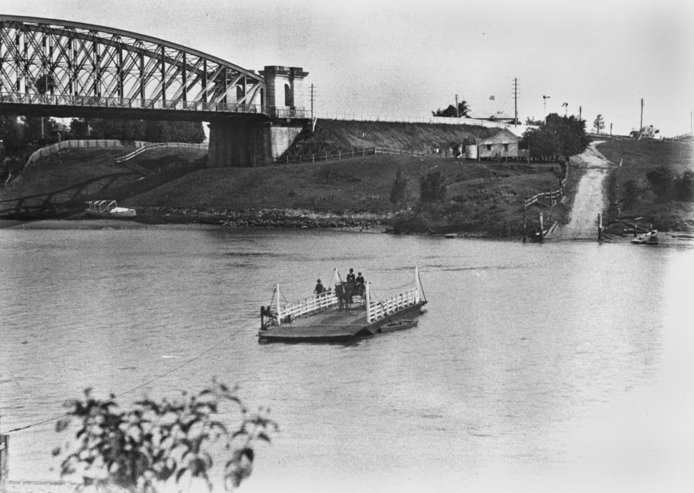File:Indooroopilly ferry crossing the Brisbane River, 1906 ...