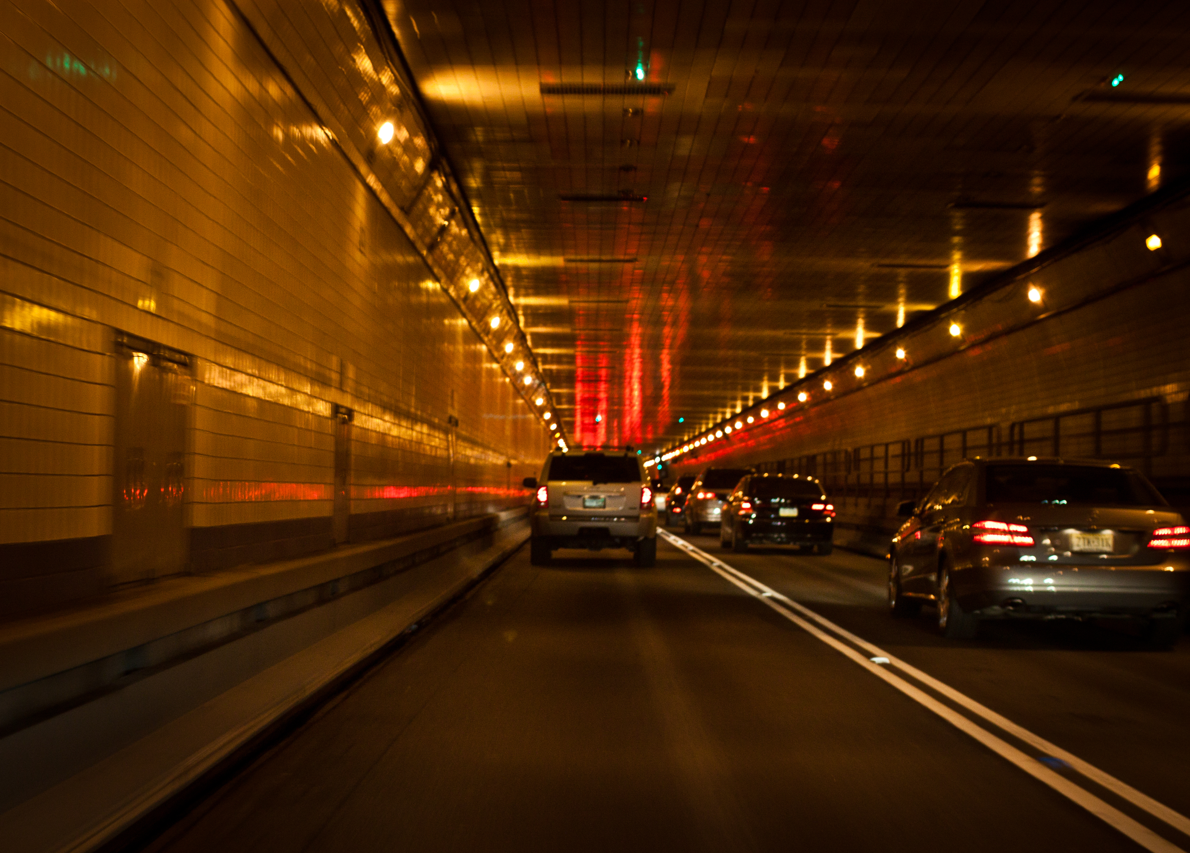 File Inside Lincoln Tunnel Ny Nj Jpg Wikimedia Commons