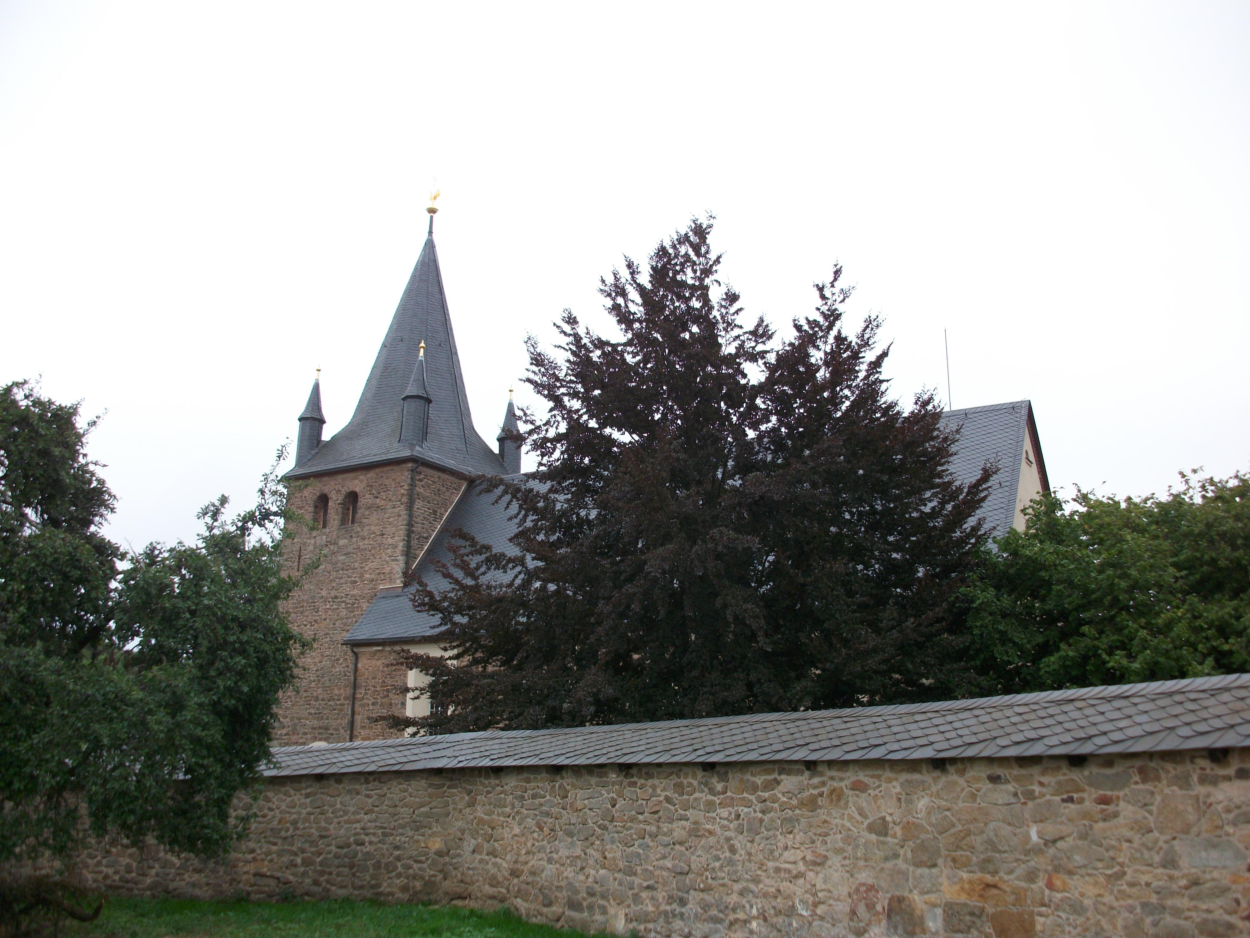 Kirche St. Marien, Stangengrün (1).jpg