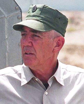 R. Lee Ermey - Wikipedia