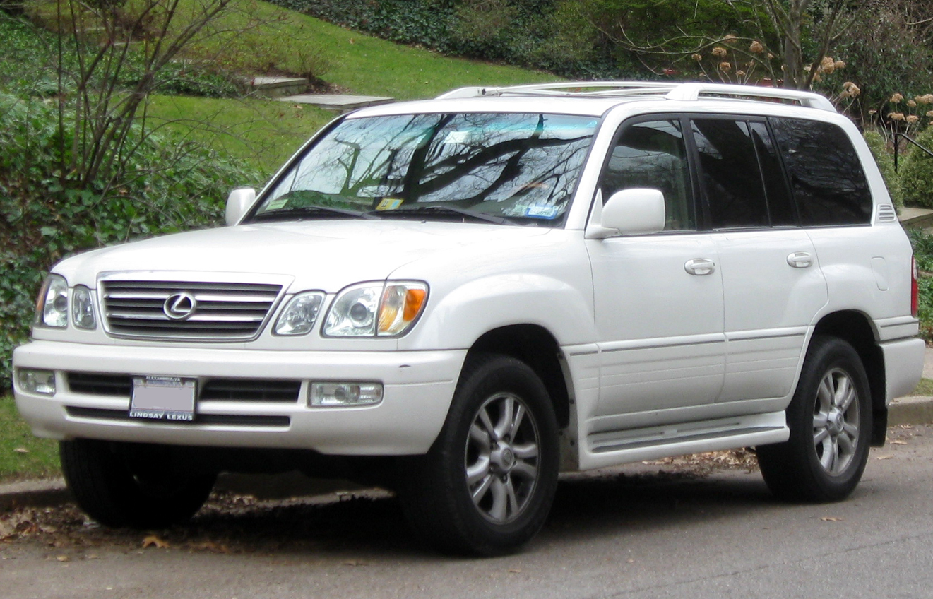 https://upload.wikimedia.org/wikipedia/commons/9/96/Lexus_LX470_--_01-01-2012.jpg