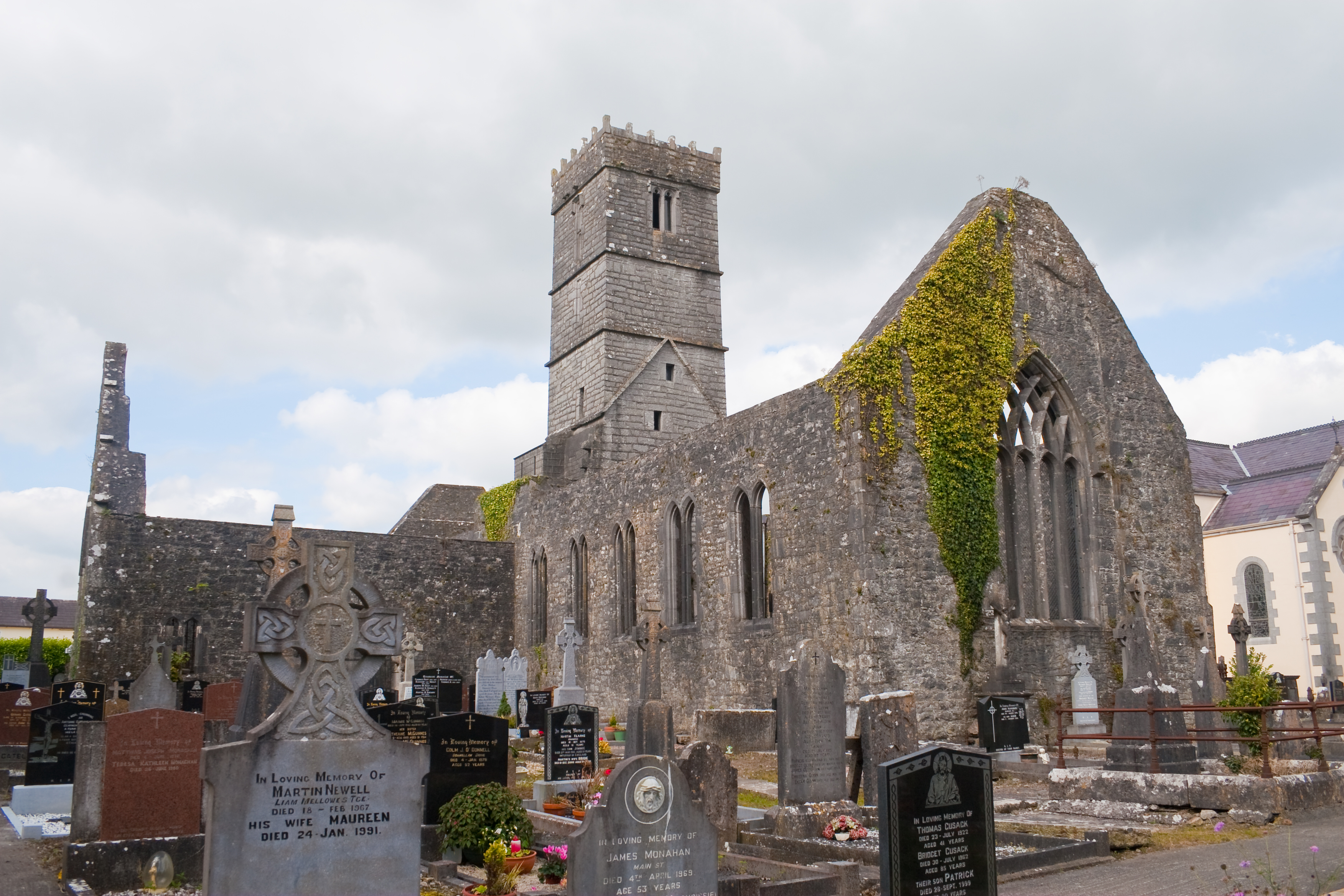 Christian Dating Site for Marriage in Loughrea, Ireland