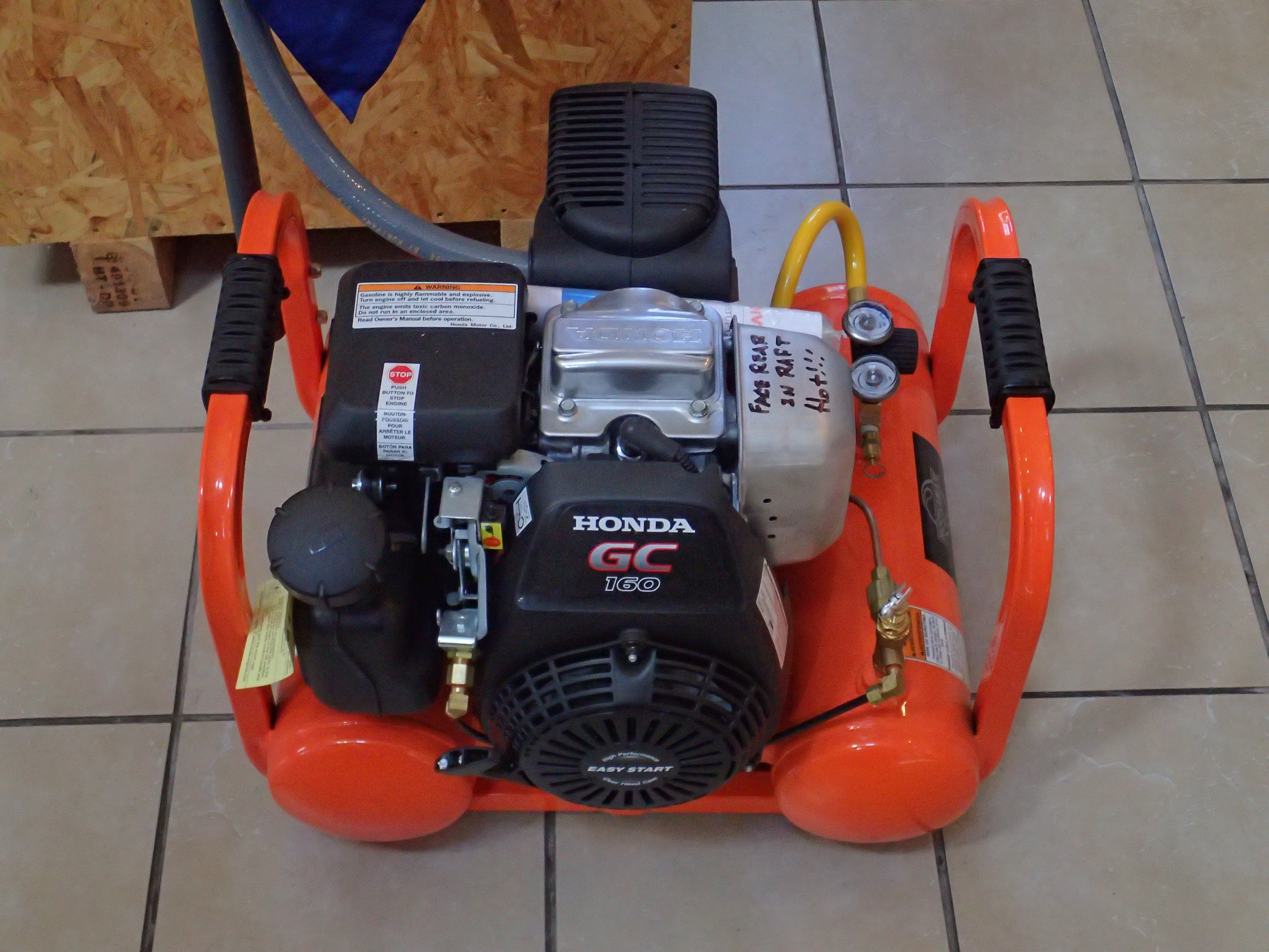 File:Low pressure breathing air compressor P8160075 jpg