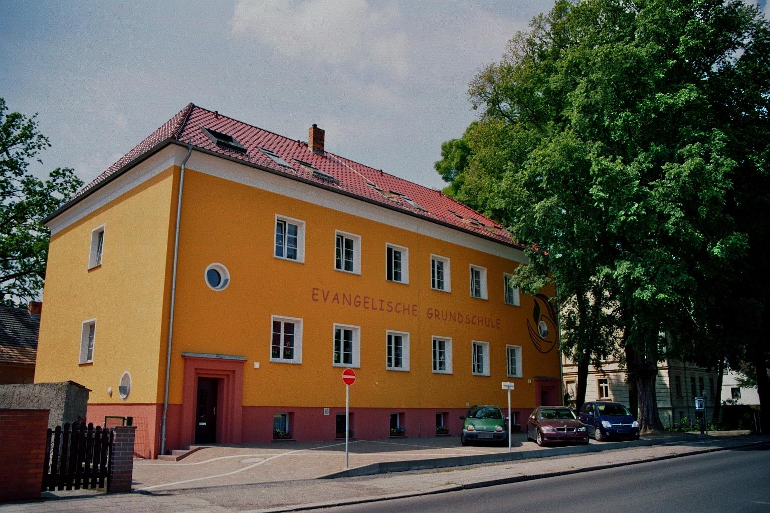 File luebben evangelische grundschule wikimedia for Evangelische school